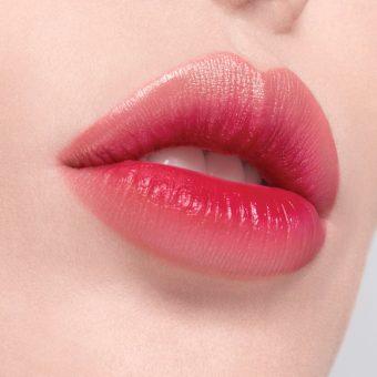 I 14 trucchi per avere labbra perfette