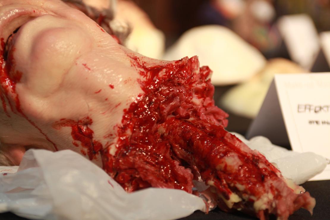 dettagli di testa decapitata