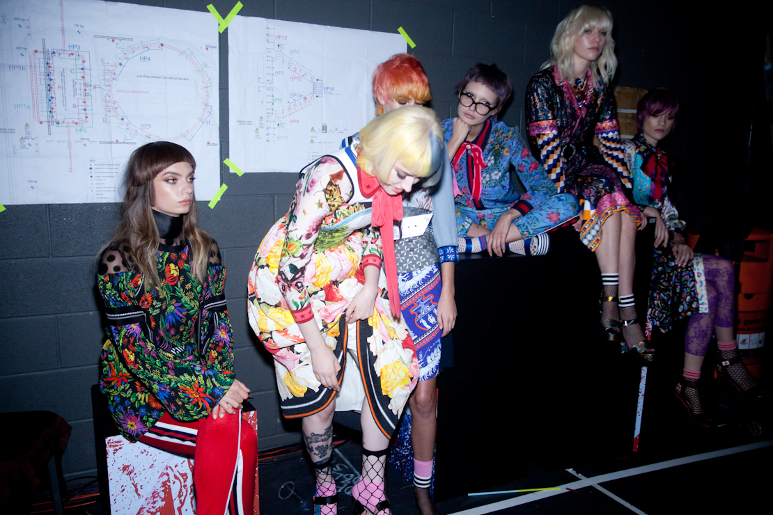 backstage modelle salon live