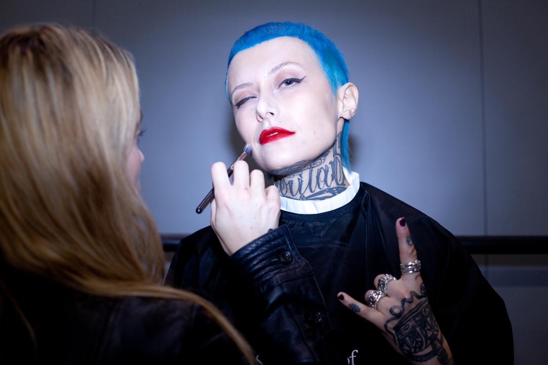schwarzkopf capelli azzurri corti