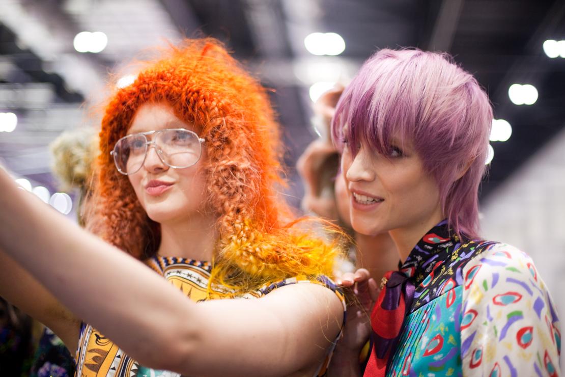 selfie backstage moda